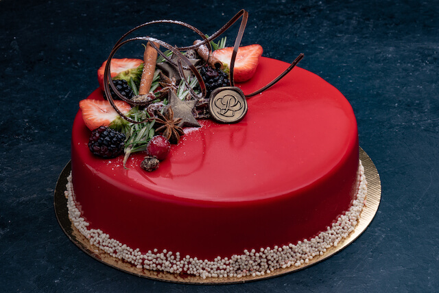 Holiday Strawberry Mousse 9″