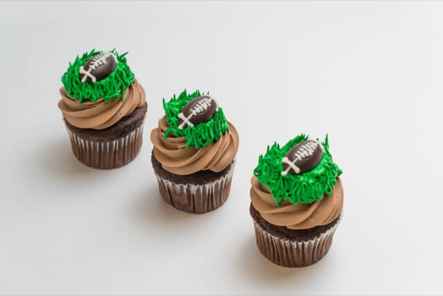Football Parisian Cupcake