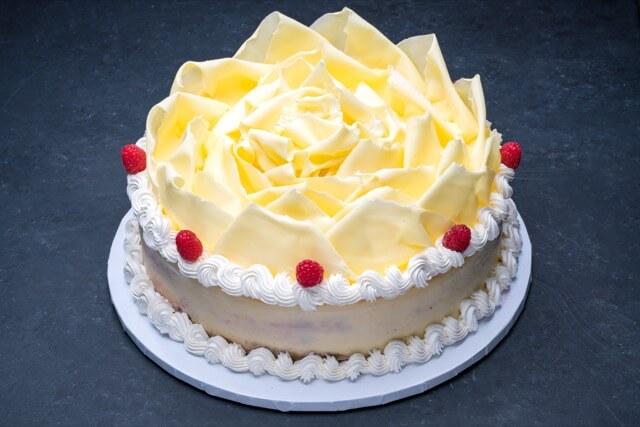 White Chocolate Raspberry Cheesecake 12″