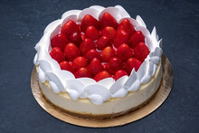 Fresh Strawberry Cheesecake 9″