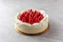 Fresh Strawberry Cheesecake 9″