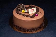 Valentine's Day Parisian Cake 9″