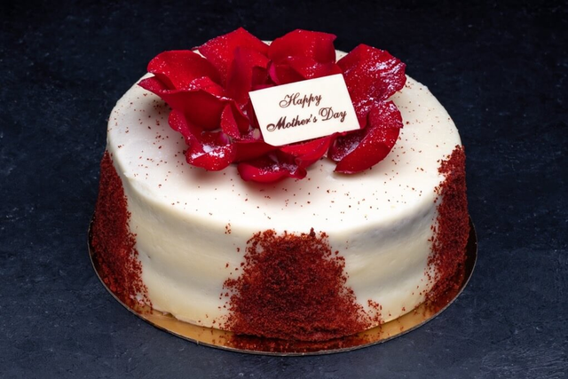 Mother's Day Red Velvet 9″