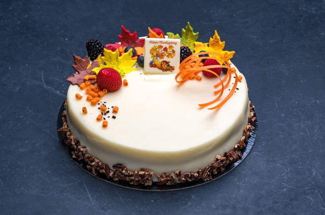 Thanksgiving Carrot Cake 9″
