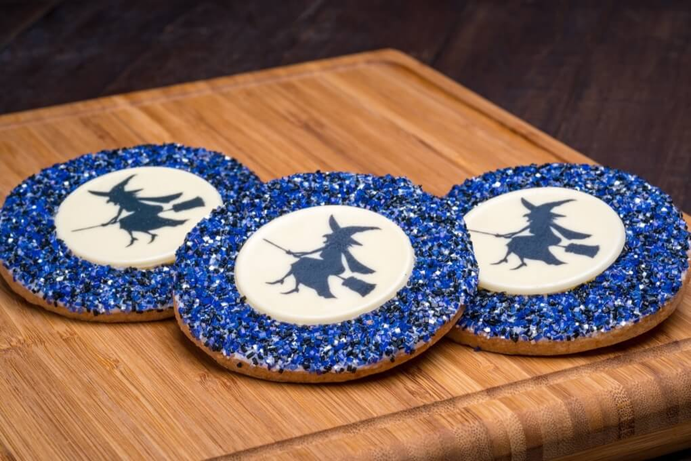 Halloween Witch Decorated Cookie