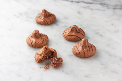 Chocolate Hazelnut Besito® Cookies