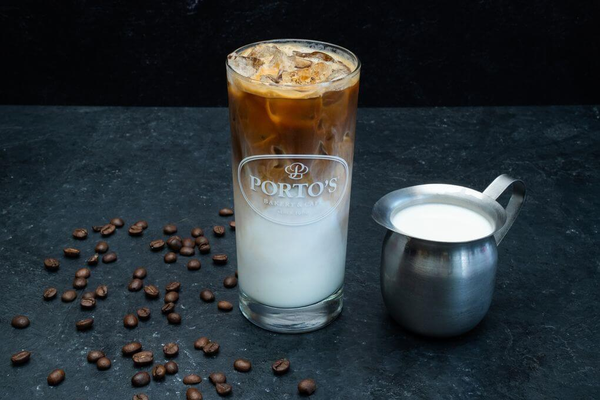 Iced Latte (Iced Café con Leche)