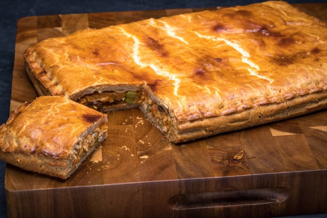 Large Chicken Pie (Empanada Gallega)
