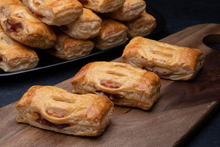 Refugiado®- Guava & Cheese Strudel (Party Sized)