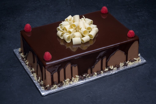 Chocolate Raspberry Cake 1/4 Sheet