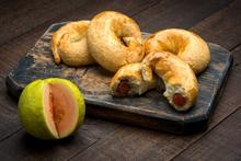 Guava Roll (Cuernito de Guayaba)