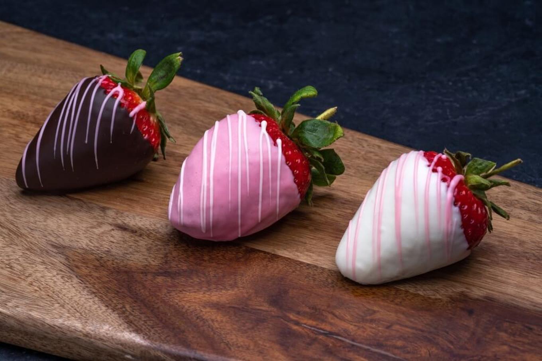 Seasonal Chocolate Dipped Strawberries