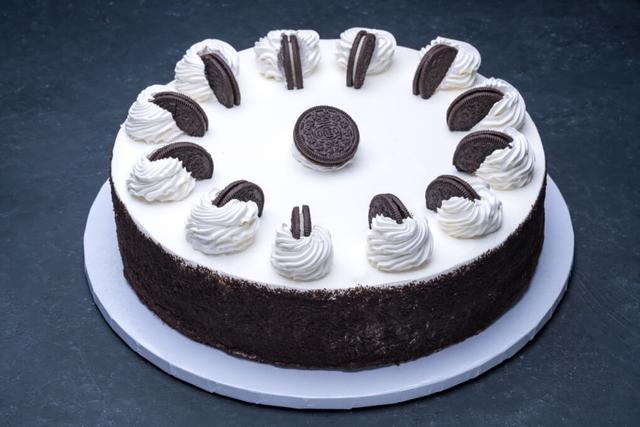 Oreo Cheesecake 12″