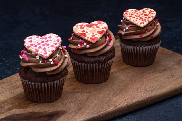 Valentine's Day Parisian Cupcake