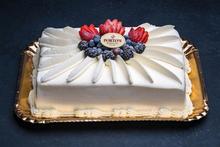 Milk'N Berries™ 1/2 Sheet Cake